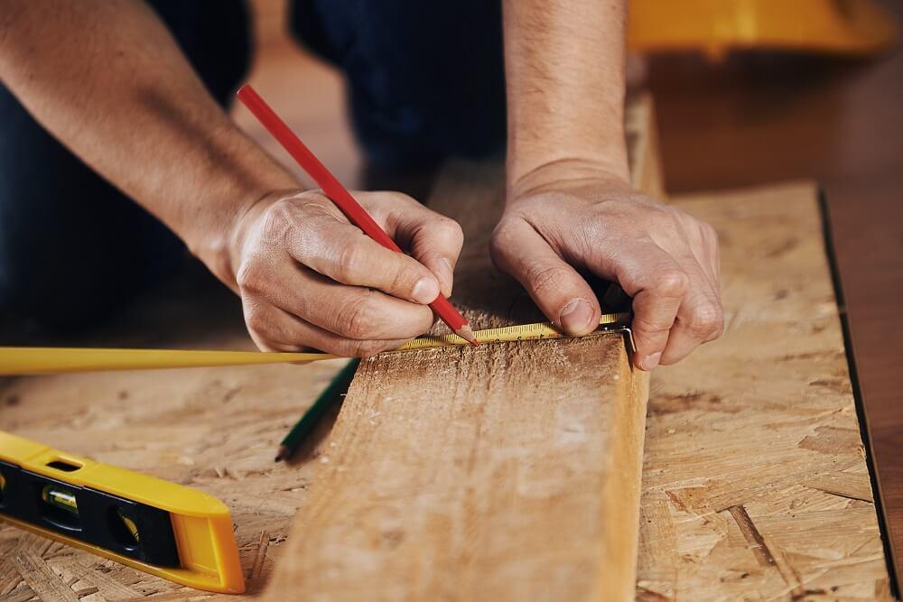 כלי עבודה לעץ